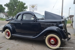 1935_Ford_Coupe_AC_2014-07-23.0050