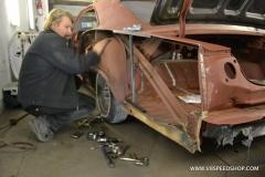 1965_Chevrolet_Impala_AM_2013-02-14.0068