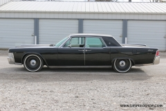 1965 Lincoln Continental AC