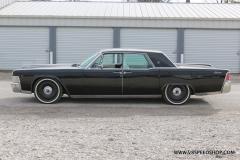1965_Lincoln_Continental_2018-02-15_0123