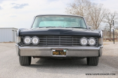 1965_Lincoln_Continental_2018-02-15_0124