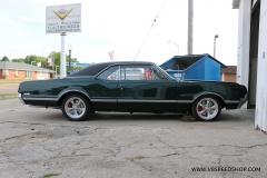 1966_Olds_442_2017-10-06.0157