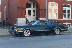 1966_Olds_442_2017-10-20.0175