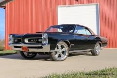 1966_Pontiac_GTO_AC_2017-12-12_0049