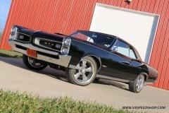 1966_Pontiac_GTO_AC_2017-12-12_0053