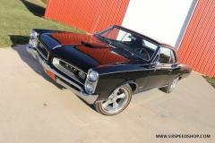 1966_Pontiac_GTO_AC_2017-12-12_0055