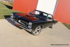 1966_Pontiac_GTO_AC_2017-12-12_0057