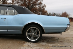 1967_Oldsmobile_Cutlass_BB_2019-11-26.0078